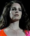Lana_Del_Rey_2014-04-13_-_performs_at_Coachella_Music_Festival_-_Day_3__090.jpg